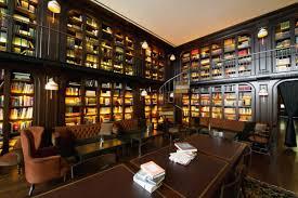 bibliotheken berlin wedding 10 literaturhotels mit genialen bibliotheken die euren lesehunger