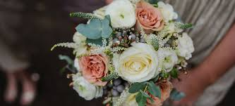 wedding flowers gloucestershire wedding flowers south gloucestershire september wedding flowers