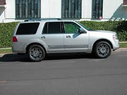lincoln navigator rims 2007 lincoln navigator ultimate edition elite package low miles