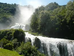 the most beautiful waterfalls in italy green holiday italy