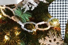 diy decorations pipe cleaner garland in my own style