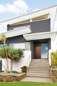 i like the contemporary colours greys whites blacks mine is