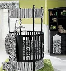 Baby Crib Round by Canopy Cribs Perfect For Your Precious Baby