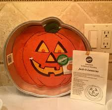 wilton halloween cake pans halloween cake pans