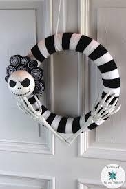 Nightmare Before Christmas Decorations Diy Best 25 Nightmare Before Christmas Wreath Ideas On Pinterest