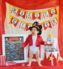 baby s birthday best 25 circus birthday ideas on circus theme