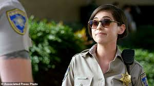 Seeking Rosa Salazar Review Big Screen Chips A Tawdry Sexist Disappointment Daily