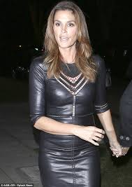 Nasty Halloween Costume Frightfully Good Cindy Crawford Leaves Costumes