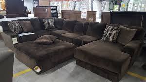 Lounge And Ottoman Everest Sectional Sofa With Chaise Lounge And Ottoman Bob Mills