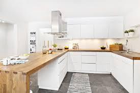 deco cuisine blanc et cuisine blanche et plan de travail bois beautiful photos design