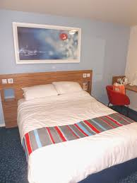 travelodge covent garden family room travelodge covent garden review u0026 our night away in ldn