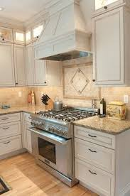 white kitchen cabinets countertop ideas best 25 venetian gold granite ideas on white