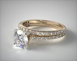 engagement ring gold 18k yellow gold common prong shaped diamond engagement ring