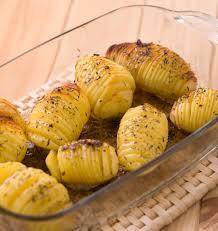 cuisiner pommes de terre pommes de terre rôties à la suédoise hasselback potatoes les