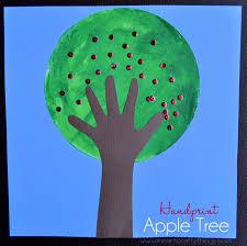 handprint apple tree craft tutorial i heart crafty things