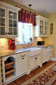 Red Kitchen White Cabinets Best 25 Yellow Country Kitchens Ideas On Pinterest Blue Yellow