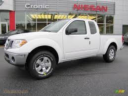 white nissan truck 2011 nissan frontier sv v6 king cab in avalanche white 410016