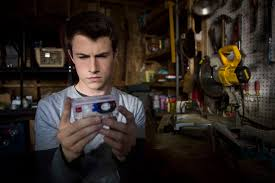 Seeking Season 1 Netflix Best Netflix Original Series Tv Shows Ranked Thrillist