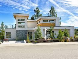 Kelowna Luxury Homes by Kelowna Custom Luxury Resort Style Home 4 Bed 4 Bath Kelowna
