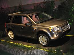 white land rover lr2 file preproduction 2008 land rover lr2 jpg wikipedia