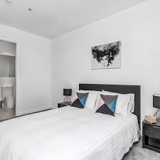 2 Bedroom Accommodation Adelaide 2 Bedroom Executive Apartment In Adelaide Hindmarsh Square