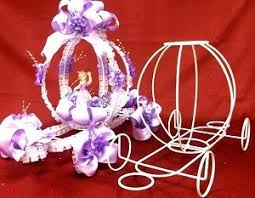 carriage centerpiece white wire coach carriage table centerpiece wedding