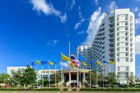 thong tarin hotel surin thailand booking com