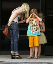 liam mcdermott in tori spelling takes her kids to a nail salon