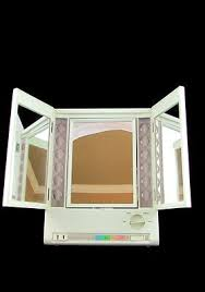 Magnifying Makeup Mirror With Light Clairol Lm 8 True To Light 3 Way Makeup Mirror Lighted Magnified