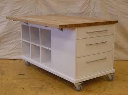 mobile kitchen island ideas best 25 portable kitchen island ideas on movable