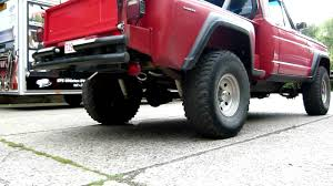 jeep j10 sportside met amc v8 voorzien van maatwerk rvs