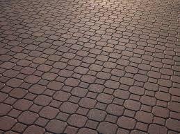 pavimentazione giardino prezzi tipi e costi dei pavimenti in pietra granito porfido marmo