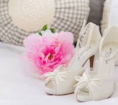 wedding shoes and accessories wedding accessories outlet branded products at up to 80 discount