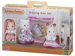 sylvanian 5236 families dressing area set amazon co uk toys u0026 games