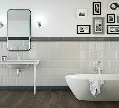 bodenfliesen für badezimmer holzoptik bodenfliesen badezimmer einrichten badezimmer ideen