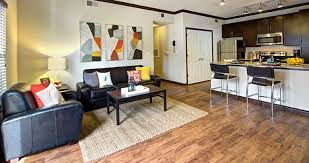 3 Bedroom Apartments In Austin Texan And Vintage West Campus Student Housing Austin Tx