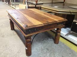 Table En Caisse En Bois Peindre Une Table Basse En Bois U2013 Phaichi Com