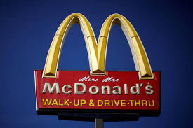 worms found in burgers at 2 kentucky mcdonald u0027s restaurants cbs news