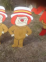 mini heat misers from a year without a santa claus christmas yard