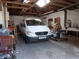 warehouse garage workshop industrial to rent in castle gardens