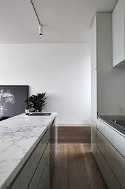 cuisine marbre blanc plan de travail marbre blanc cuisine en photos id es inspirations