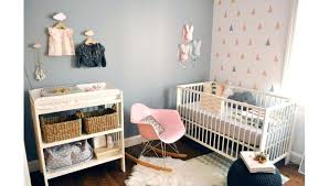 chambre bébé papier peint chambre bebe papier peint motif vert pour la collection croissant
