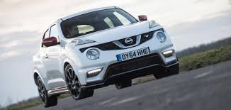 nissan juke xtronic diesel nissan juke sizes and dimensions guide carwow