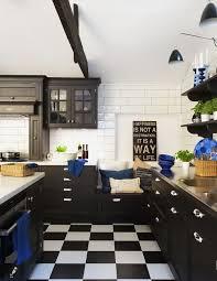 deco cuisine et blanc cuisine noir et blanc idées décoration intérieure farik us
