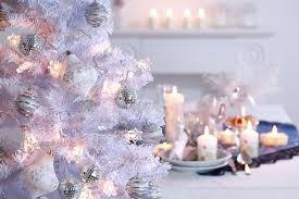 christmas home decor tastefully staging during the winter