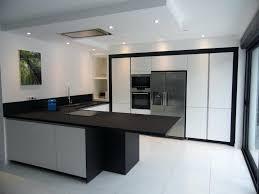 eclairage hotte cuisine professionnelle intérieur de la maison hotte industrielle cuisine en laquace
