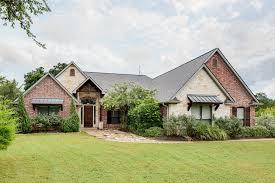 just listed stunning saddle creek home