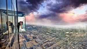 couples marry renew vows at willis tower skydeck abc7chicago com