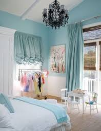 rideaux pour fenetre de chambre ideas for turning your toddlers room into a big room