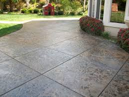 Flagstone Patio Cost Per Square Foot by Best 25 Concrete Patio Cost Ideas On Pinterest Stamped Concrete